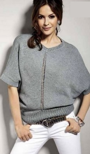 Пуловер свободного силуэта